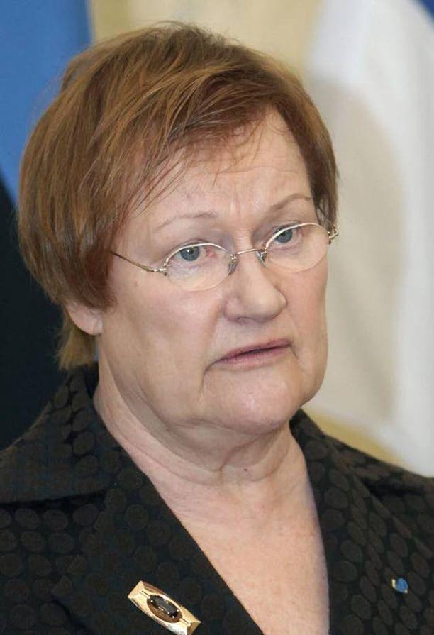 Presidentti Tarja Halosen mukaan Tukholman pommi-iskun kaltainen teko on mahdollinen Suomessakin.