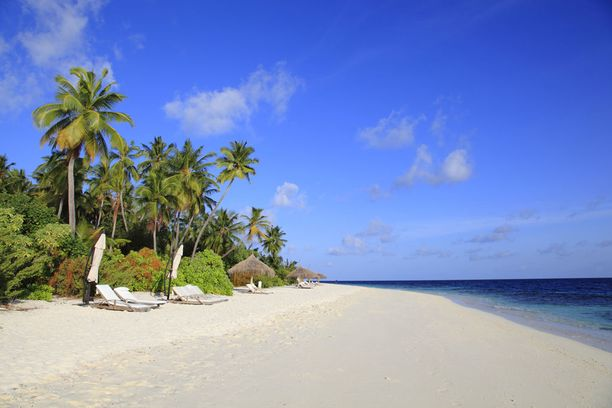 Yhä useampi suomalainen matkaa nyt Malediiveille.