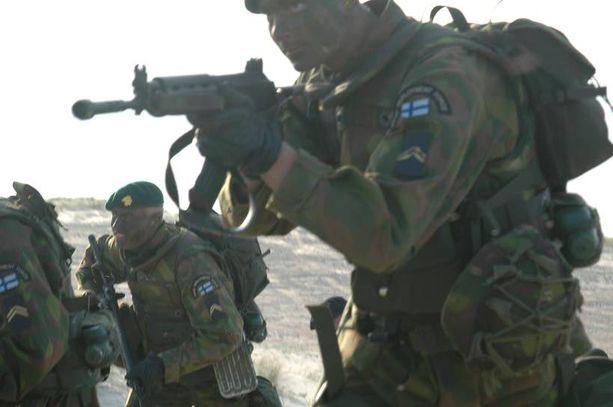Suomalaisjoukot osallistuivat Naton nopean toiminnan joukkojen suureen kriisihallintaharjoitukseen Puolassa jo vuonna 2007.
