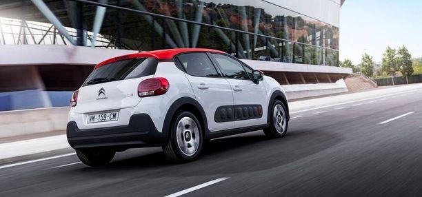 Peräpäästä uutuusmalli muistuttaa paljon muita uusia Citroëneja sekä DS-malleja.