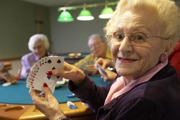 Pelien pelaaminen vaatii aivoilta paljon ja toisaalta myös harjoittaa niiden toimintaa.