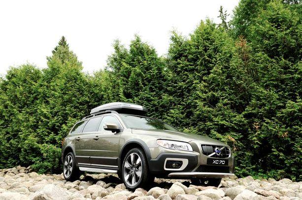 Volvon viisisylinterinen dieselmoottori D5 on saanut enemmän hevosvoimia ja vääntöä.