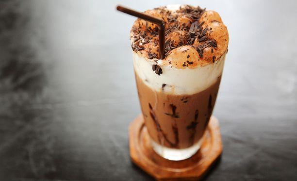 Herkulliset drinkit ja suklaajuomat pullistelevat kaloreita.
