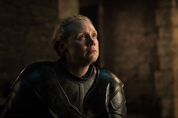 Jaime Lannister löi Briennen ritariksi Game of Thronesin kahdeksannella tuotantokaudella.