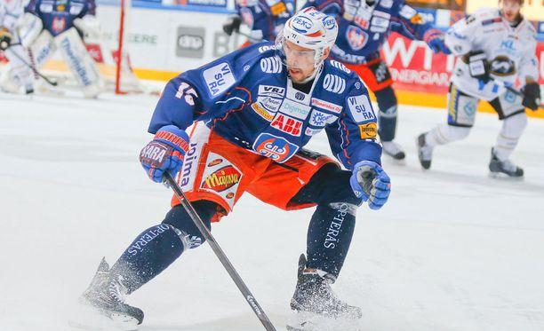 Masi Marjamäki ura kävi lähellä loppua, mutta nyt mies hurjastelee Liigan loppuotteluissa.