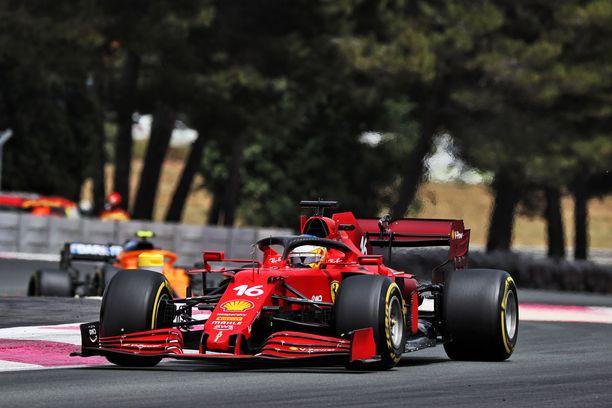 Charles Leclercin vauhti riitti 16. sijaan Paul Ricardin radalla.