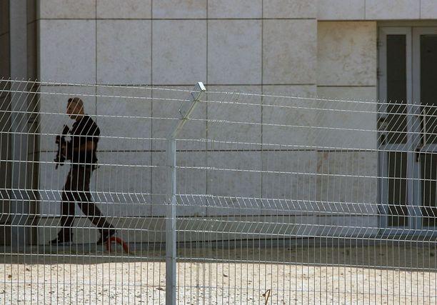 Monet joutuvat usein tekemisiin Israelin rajakontrollin kanssa.