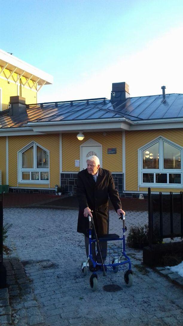Veikko Lahtinen taisteli aikanaan muun muassa Karjalan kannaksella Metsäpirtissä.