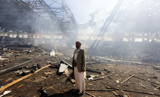 Saudien johtama liittouma moukaroi säännöllisesti huthien hallussaan pitämiä alueita Jemenissä.