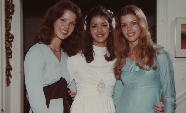 Siskokset Alexis, Janice ja Debbie.