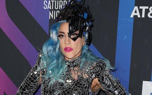 Lady Gaga avautui pahoista mielenterveysongelmistaan - järjesti vahtijoita itselleen