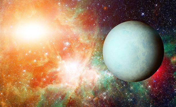 Uranus näyttää hienolta, mutta haisee pahalta.