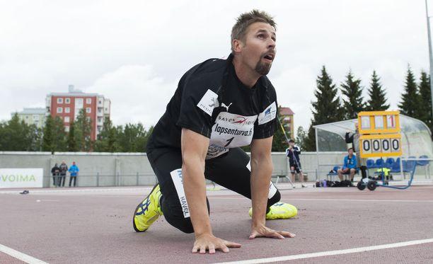 Antti Ruuskanen heitti paluukisassaan tiistaina vajaat 77 metriä.