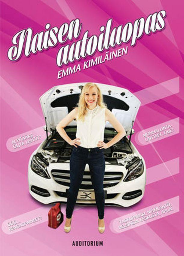 Emma Kimiläinen on ammattiautoilija.