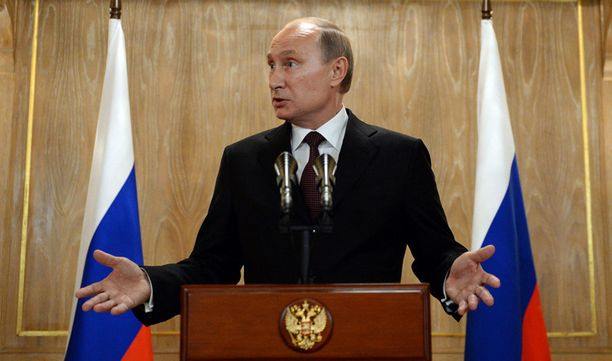 Dagens Nyheterin mukaan oudosti käyttäytyneellä öljytankkerilla on yhteys presidentti Putinin lähipiiriin.