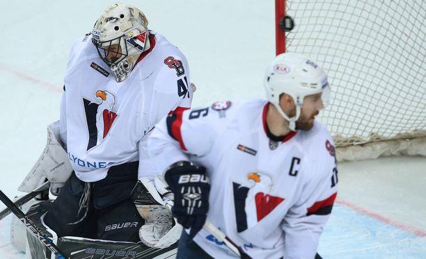 Slovan on KHL:n läntisessä konferenssissa kolmanneksi viimeisenä. Slovanissa ei pelaa suomalaisia.