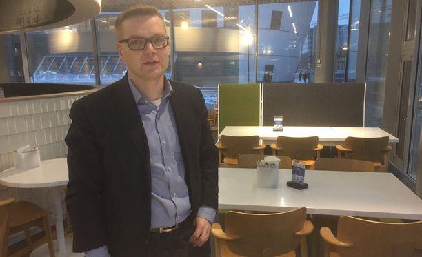 Kansalaispuolueen puheenjohtaja Sami Kilpeläinen.