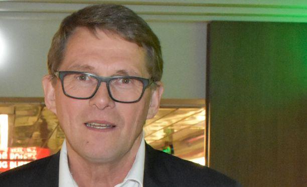 Keskustan presidenttiehdokas Matti Vanhanen pitää vihreiden ehdokasta Pekka Haavistoa hyvänä kilpailijana.