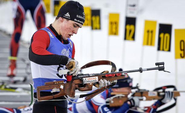 Ristomatti Hakola osallistui vuonna 2014 Sodankylässä sotilaiden MM-kisoissa ampumahiihtoon. Hän oli 10 kilometrin kilpailussa sijalla 35.