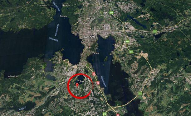 Tyttöjä etsitään Tohlopista Tampereelta.