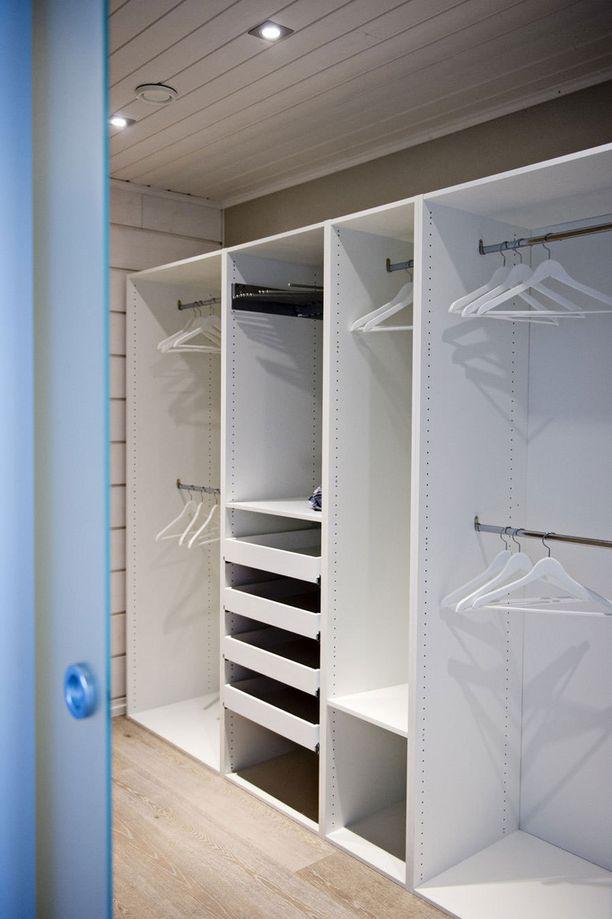 Pienessä asunnossa kannattaa kiinnittää huomiota säilystysratkaisuihin.