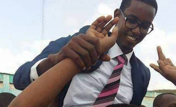 Pakolaisleirillä kasvaneesta 31-vuotiaasta Abasista tuli maan nuorin kansanedustaja viime vuoden lopulla.