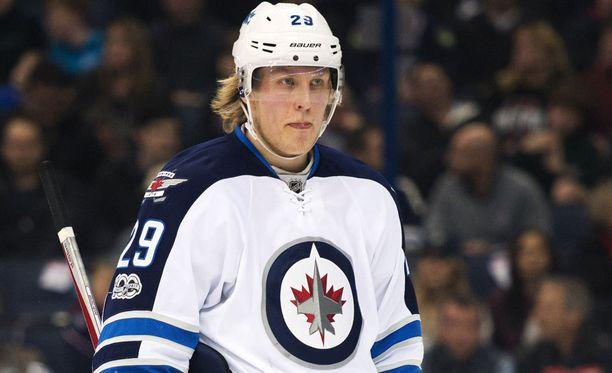 Patrik Laineen ja Jetsin NHL-kausi alkaa 4. lokakuuta kotiottelulla Torontoa vastaan.