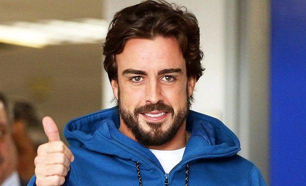 Fernando Alonso joutui sivuun Melbournen avauskisasta.