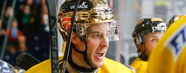 Dave Spina edusti vielä viime kaudella SaiPaa.