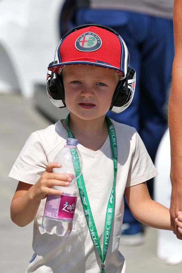 Robin Räikkönen on vahvasti mukana autourheilun maailmassa.