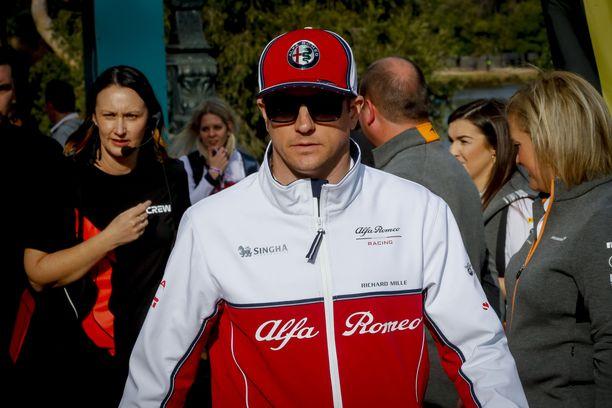 Kimi Räikkönen pohdiskeli F1:n vaaroja.