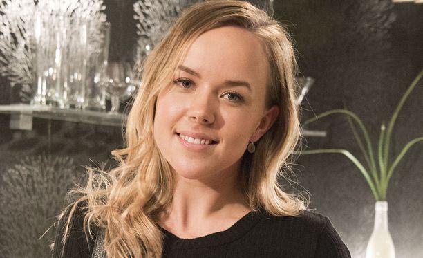 Sara Parikka, 27, pitää suosittua blogia Anna-lehden sivuilla.