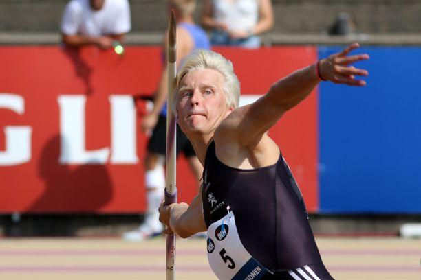 Topias Laine otti upeasti nuorten EM-kultaa.