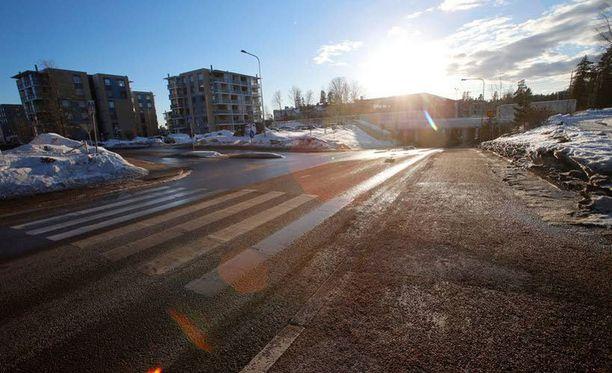 Yliajo tapahtui Vantaan Korsossa Mäyräkujan ja Peltomyyränkujan risteyksessä.