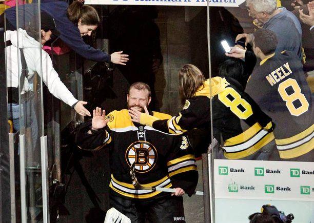 Tim Thomas on Bruinsin viimeinen muuri.