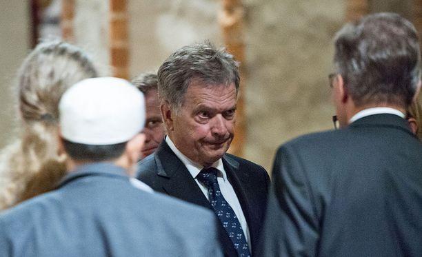 Tasavallan presidentti Sauli Niinistö osallistui hartaustilaisuuteen Turun tuomiokirkossa perjantaina.