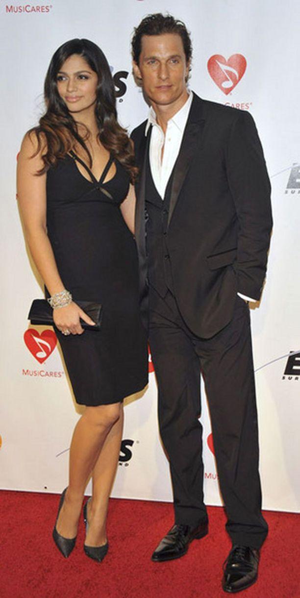 Camila ja Matthew käväisivät viikonloppuna Neil Youngin kunniaksi järjestetyssä juhlassa.