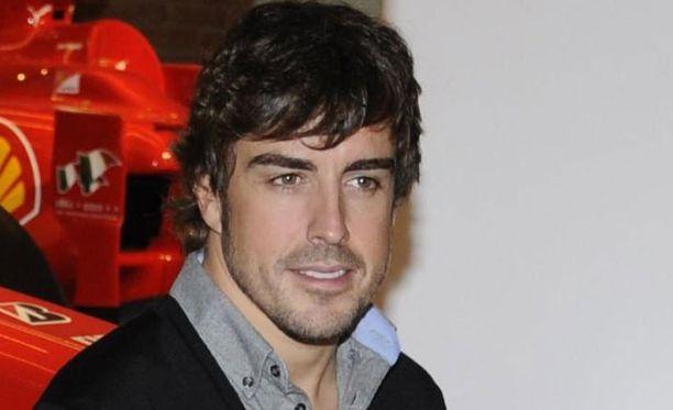 Fernando Alonso ajoi simulaattoria Maranellossa.