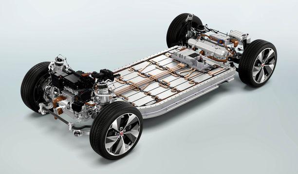 Pienistä vaihdettavista moduuleista koostuva akusto on sijoitettu auton alle.