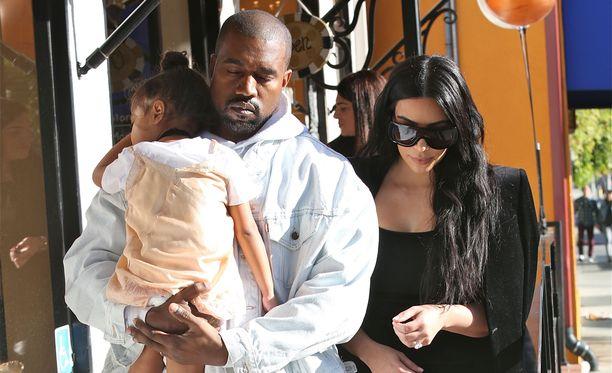 Kimin ja Kanyen tytär North täyttää kesällä kolme vuotta.