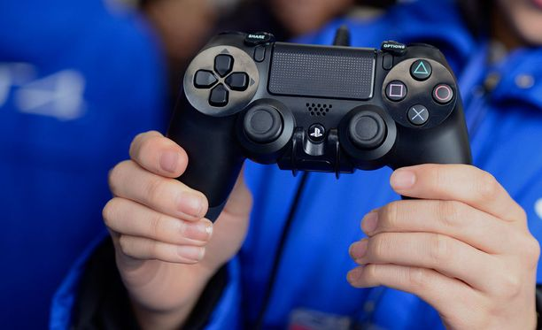 Kuluttajariitalautakunta päätti, että vanhemmat vapautuivat lapsensa tekemistä lähes 500 euron Playstation-laskuista.