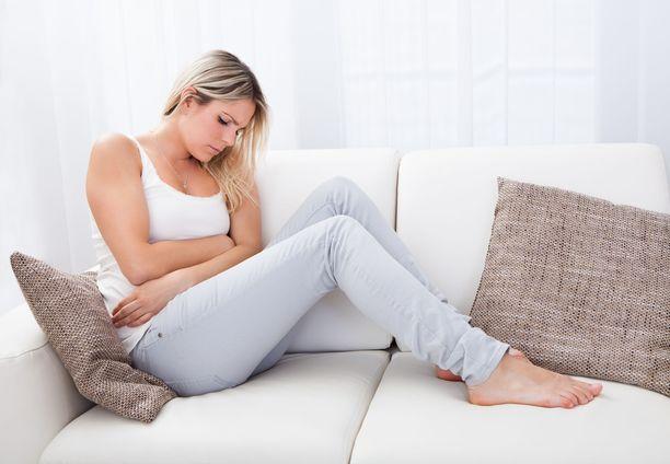 Ärtyvän suolen oireyhtymä vaivaa naisia kaksi kertaa useammin kuin miehiä.
