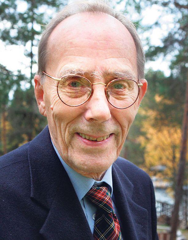 Arkkiatri Risto Pelkonen on monen lääkärin lailla vierastanut eutanasiaa. Se on hyväksytty mm. Hollannissa.
