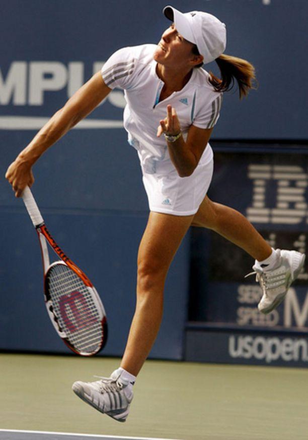 Justine Henin-Hardenne selvityi finaaliin USA:ssa.