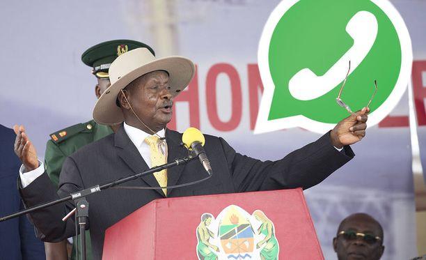 Uganda ottaa käyttöön someveron. Kuvassa maan presidentti Yoweri Museveni.
