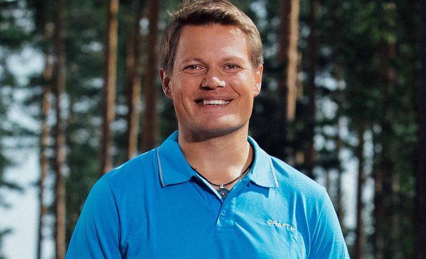 Samilla on neljä lasta avioliitosta Petra Kapasen kanssa, Kasperi, 20, Cassandra, 17, Camilla, 15, ja Konsta, 13.