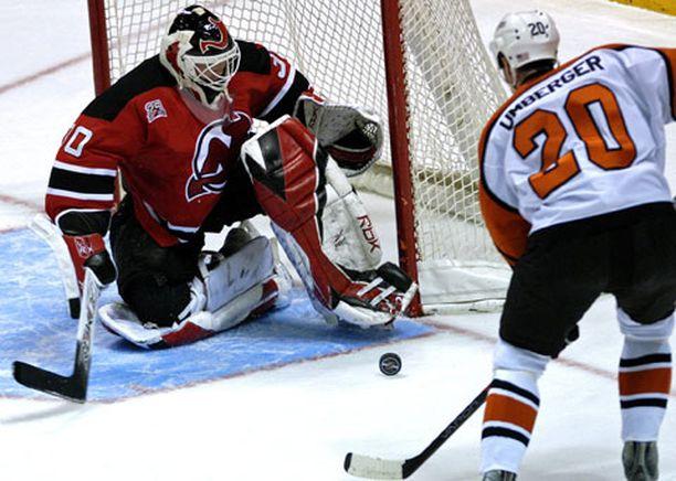 New Jerseyn maalivahti Martin Brodeur on voittanut kauden aikana jo 45 ottelua.
