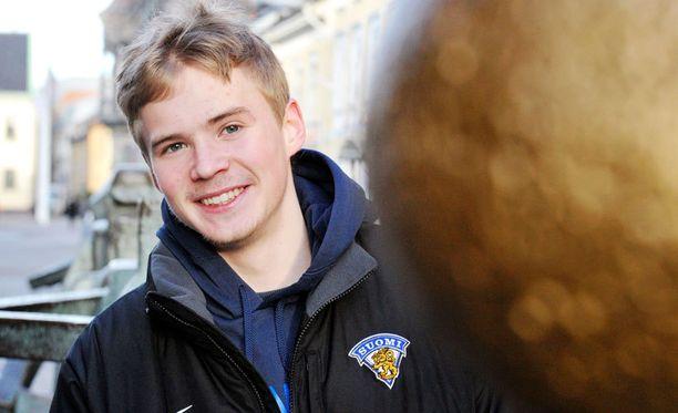 Artturi Lehkonen viettää joulun jo kolmatta kertaa ulkomailla MM-kisojen takia.