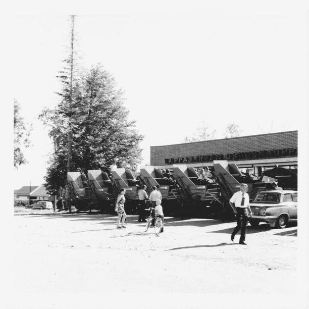Maatalouskoneiden kauppa oli Lappajärvellä vilkasta 1970-luvulla.