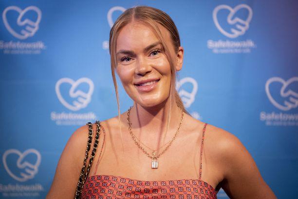 Rosanna Kulju kertoo tuoreessa podcastissaan seksikokemuksistaan.